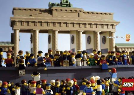 A lezione di Storia con Lego da Piazza Tiananmen al Muro di Berlino 2