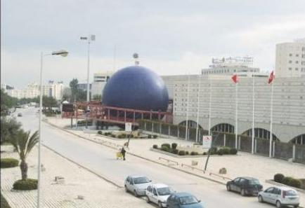 Ambient Marketing in Tunisia per l'apertura di Golden Bowling prima