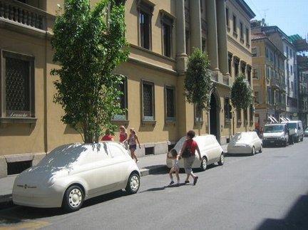 Un Ambient green in via Montenapoleone a Milano targato Fiat 500C