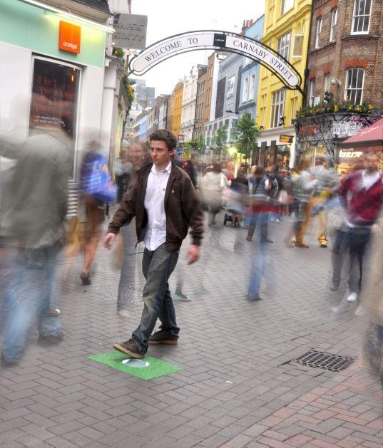 Generare energia passeggiando, oggi si può!