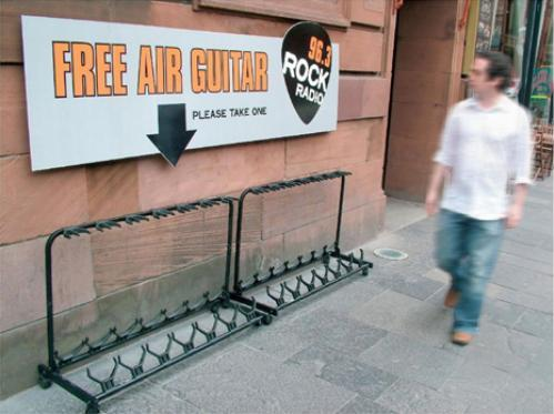 Air street marketing per Rock Radio