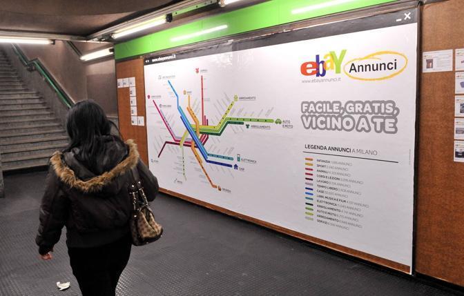 Ambient di Ebay: annunci in metropolitana a Milano
