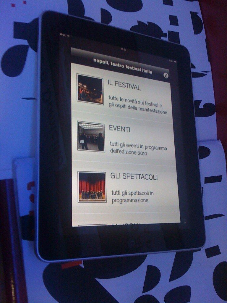 Napoli Teatro Festival Italia: quest'anno il sipario si apre anche su iPhone e iPad