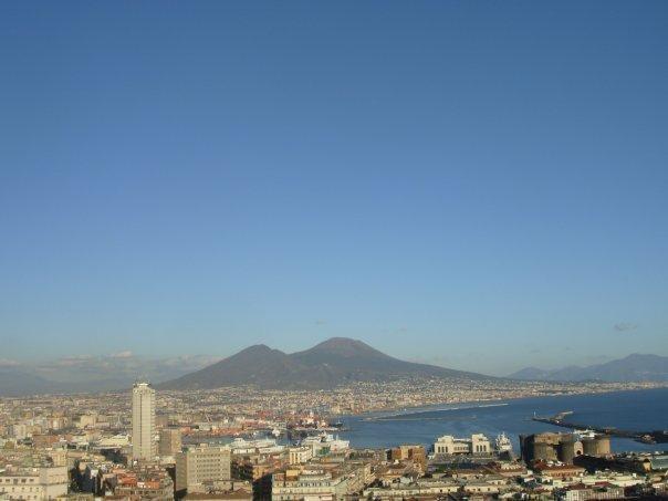 progettoCampania2.0: sabato a Napoli VesuvioCamp e Geek Cafè