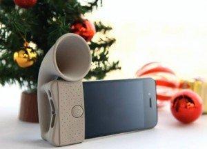 Il Gadget Mobile più cool del momento? Il grammofono per iPhone [Mobile Gadget]