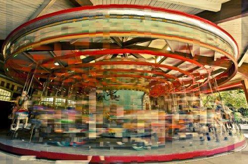 Catturare spazio e tempo in una foto: crono-cubismo e photo-hacking