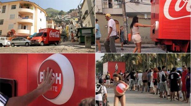 Coca Cola consegna la felicità in Brasile [AMBIENT MARKETING]