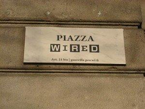 Sveglia Italia! Piazza WIRED, la campagna di Guerrilla Marketing