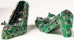 """Arriva la """"Computer Couture"""" e anche i circuiti riciclati diventano fashion!"""