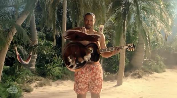 Dedicato alle donne: l'uomo Old Spice è tornato e vuole portarvi su un'isola deserta! [ADVERTISING]
