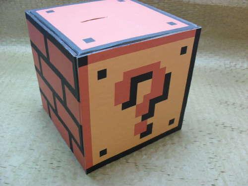 """Vi ricordate il """"coin block"""" di Super Mario? Ora potete costruirlo anche voi e metterlo in casa!"""