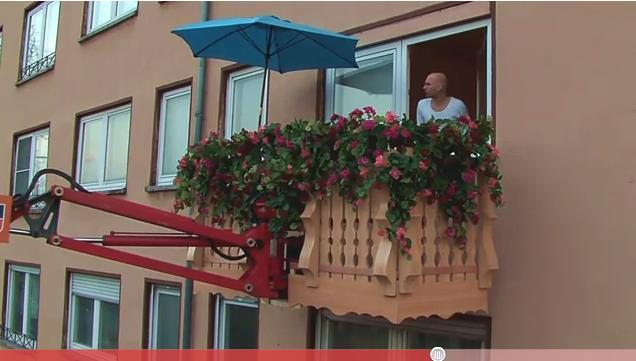 Voglia di un balconcino nuovo? Leo Burnett unisce pop-up ed ambient per Immobilien Scout 24