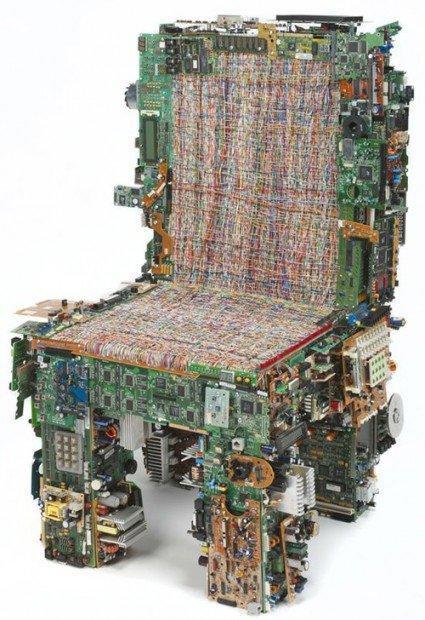 Geek gadget: sedia e tavolo da non perdere!