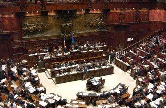 I segreti della casta di Montecitorio svelati da un precario su Facebook