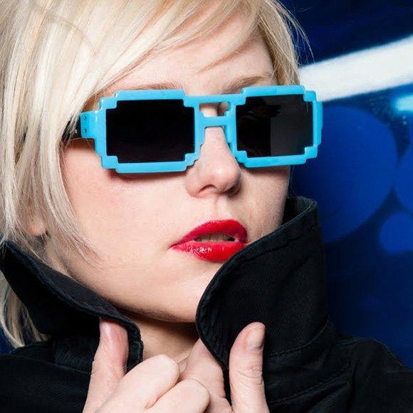 Pixel Sunglasses: occhiali a prova di geek