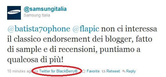 Il fail di Samsung Italia su Twitter che aggiorna con BlackBerry