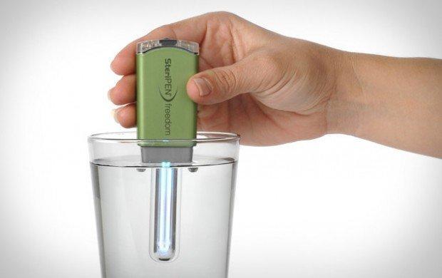 Purificare l'acqua grazie ad un piccolo dispositivo: SteriPEN