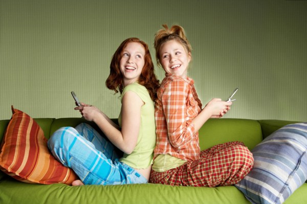 Mobile Youth Report 2012: 101 trends sui giovani e la cultura mobile