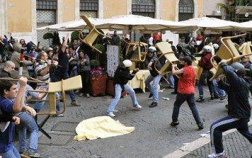 VersuS: le rivolte di Roma sui social network [VIDEO]