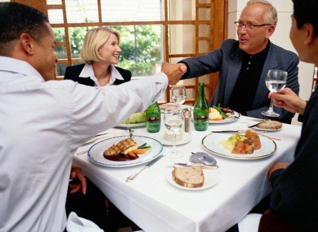 Let's Lunch: anche la pausa pranzo è social