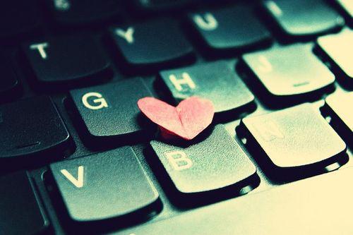 L'amore ai tempi dei social media [INFOGRAFICA]