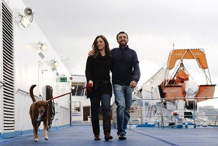 Lo spot di 3 Italia scatena le polemiche: il cane costa troppo, ma internet no