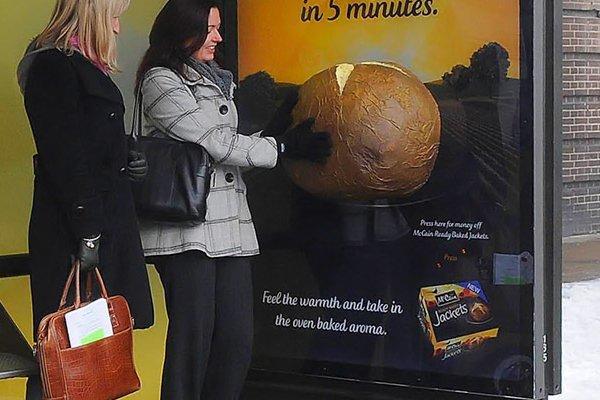 La fermata del bus più appetitosa del mondo