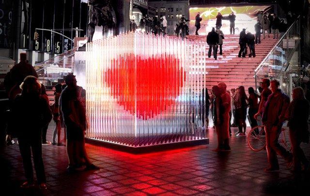 San Valentino: New York celebra l'amore con un'installazione