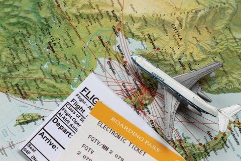 """Non vuoi più usare il tuo biglietto aereo? """"Change your flight"""" ti rimborsa!"""