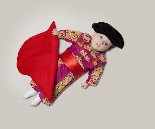 Le prospettive di carriera di un bambino in una serie di fotografie