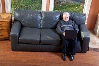 Facebook a 84 anni? Alla scoperta dello zio dei social network [INTERVISTA]