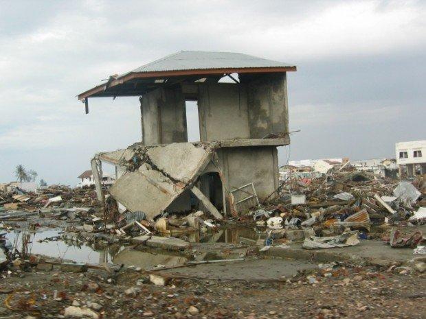 Sumatra e l'allarme Tsunami su Twitter