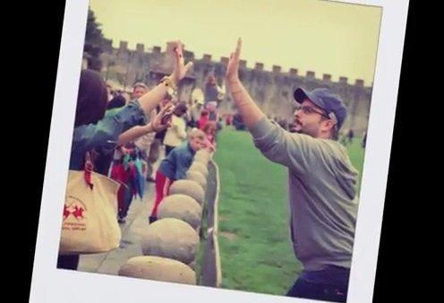 Photobomber alla Torre di Pisa: ed è subito viral [INTERVISTA]