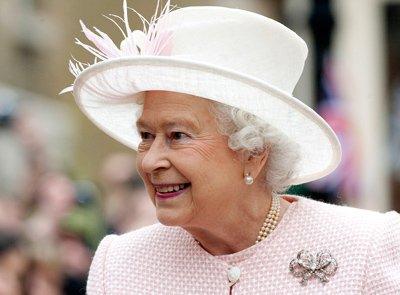 Giubileo di Diamante: tutto il merchandising per la Regina