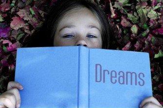 Perché sognare ad occhi aperti fa bene alla creatività