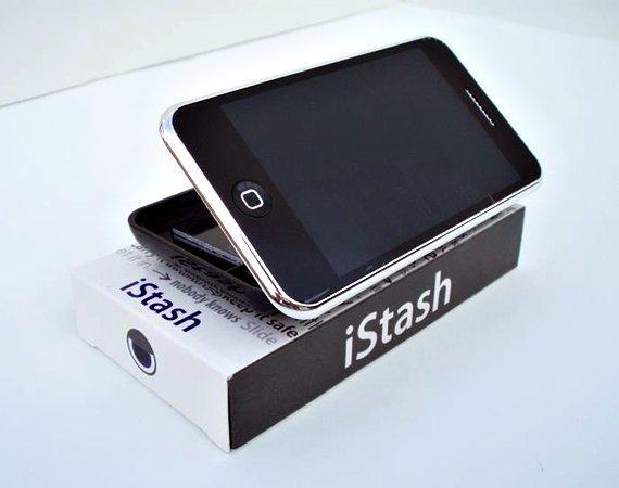L'iPhone diventa un portaoggetti, con iStash!