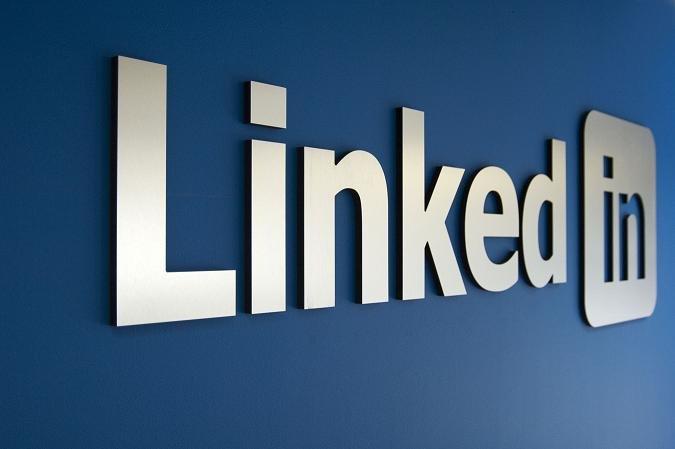 LinkedIn: 4 trucchi per sfruttarlo al meglio