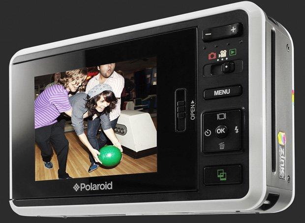 Instant_Digital_Camera_Z2300_la_Polaroid_diventa_super_tech.jpg
