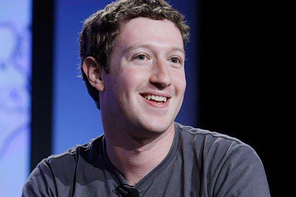Facebook raggiunge 1 miliardo di utenti: un grazie di cuore da Mark!
