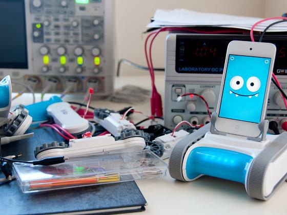 Romo: un robot con un iPhone al posto del cuore