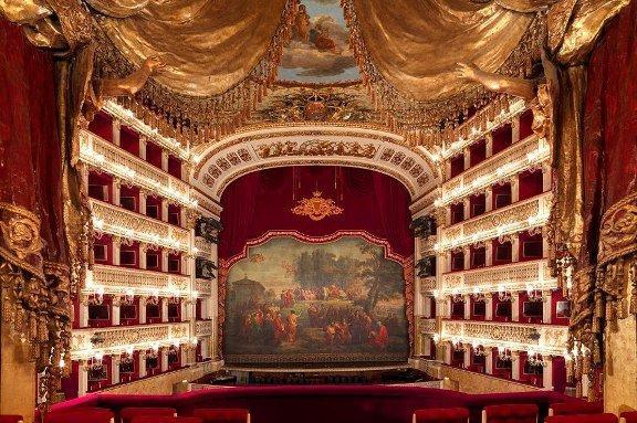 La Traviata al San Carlo, pronta a partire la diretta twitter