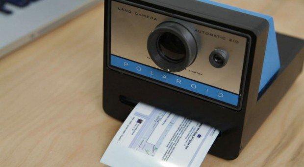 Polaroid Caher Camera: istantanee di vita digitale subito in stampa!