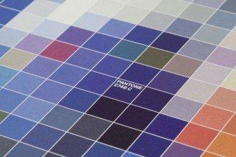 Un anno a colori con il calendario Pantone 2013
