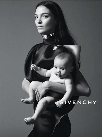 Givenchy: ecco i primi scatti della campagna primavera/estate 2013