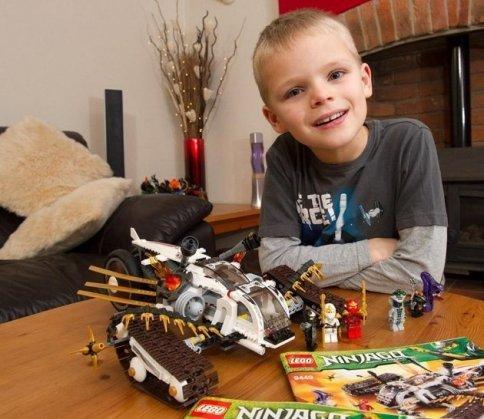 LEGO: la lettera al bambino di 7 anni impazza sul web