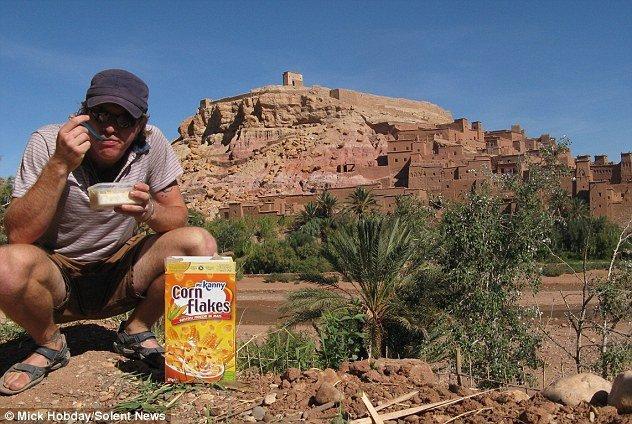 Mick Hobday, 36.000 euro e 63 paesi visitati alla ricerca dei cornflake perfetti