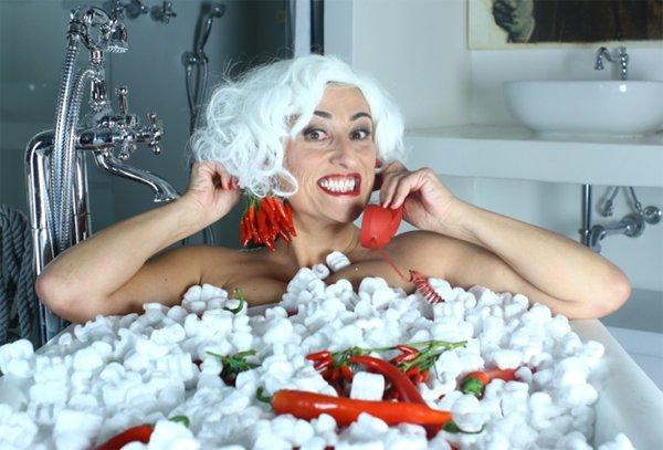 """""""Madame Rouge"""", ecco la web serie che rende piccante la cucina"""
