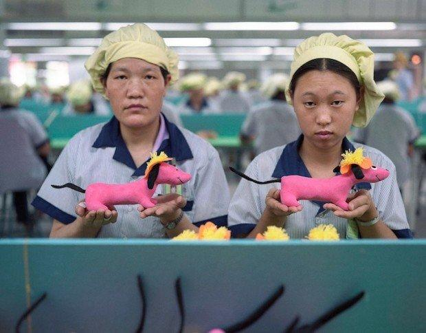 The Real Toy Story: reportage tra i toy workers in Cina