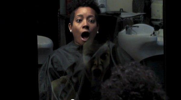 The Last Exorcism, part II: l'orrore corre dietro lo specchio