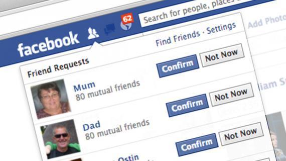 Facebook: la metà dei genitori si iscrive per spiare i figli